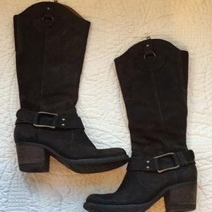 Born distressed leather boots